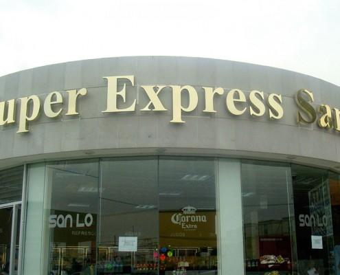SUPER EXPRESS SANLO - Letrero armado tipo 3D en aluminio dorado de importación, terminado brillante.