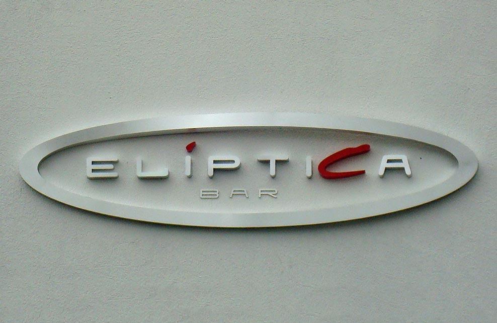 ELÍPTICA BAR - Letrero armado tipo 3D en aluminio natural, detalles en color rojo, terminado mate.