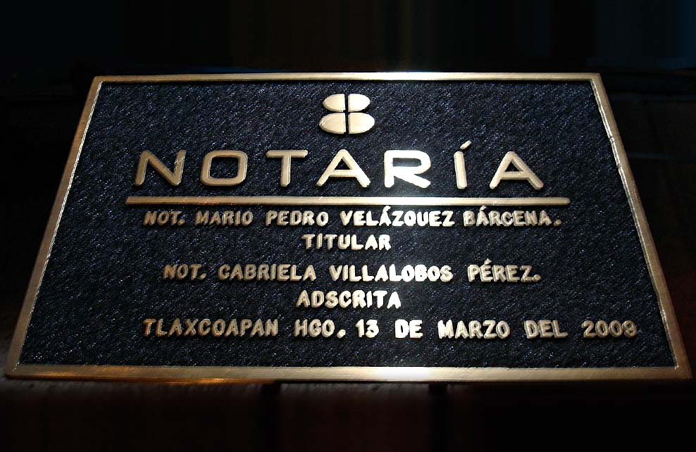 NOTARIA - Placa fundida