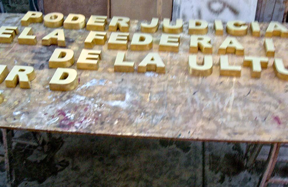 PODER JUDICIAL DE LA FEDERACIÓN - Letras fundidas
