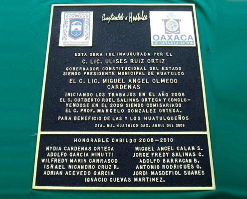 MUNICIPIO DE HUATULCO - Placa fundida