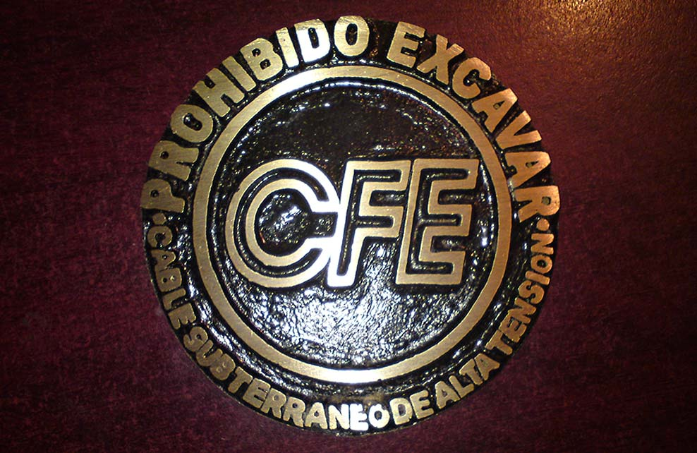 ESCUDO CFE - Escudo fundido