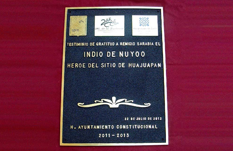 MUNICIPIO DE HUAJUAPAN - INDIO DE NUYOO - Placa fundida