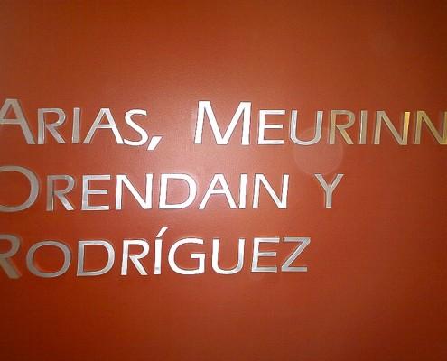 ARIAS MEURINE ORENDAIN Y RODRIGUEZ - Letrero calado