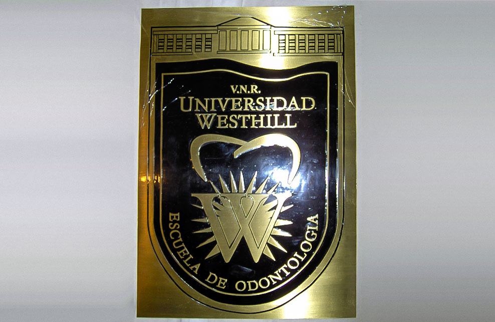 UNIVERSIDAD WESTHILL - Placas fotograbadas