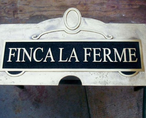 FINCA LA FERME - Placa fundida