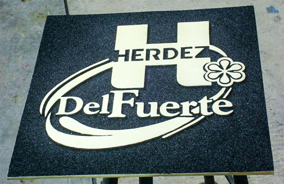 GRUPO HERDEZ - Logotipo fundido