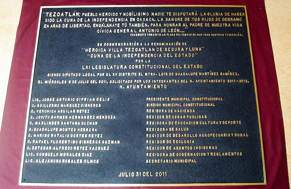 AYUNTAMIENTO DE TEZOATLAN - Placa fundida